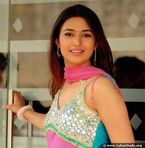 Divyanka Tripathi, CyberDodo Ambassador for India